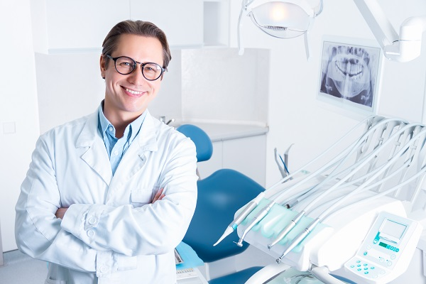 Why You Should See An Endodontist For Abscessed Teeth