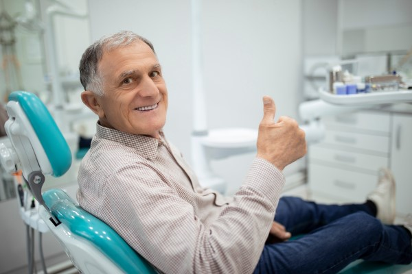 Signs That You Should Visit A Root Canal Specialist